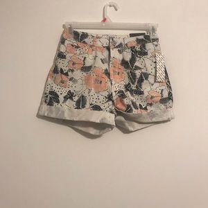 UO mom shorts